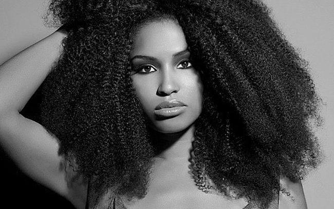 Comment avoir de long cheveux afro naturellement